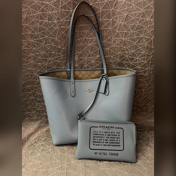 Coach Handbags - Coach tote bag reversible